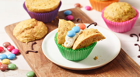 Leckere SMARTIES® Schmetterling Muffins