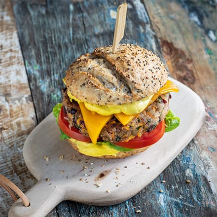 Veggi-Burger mit Bean-Patty